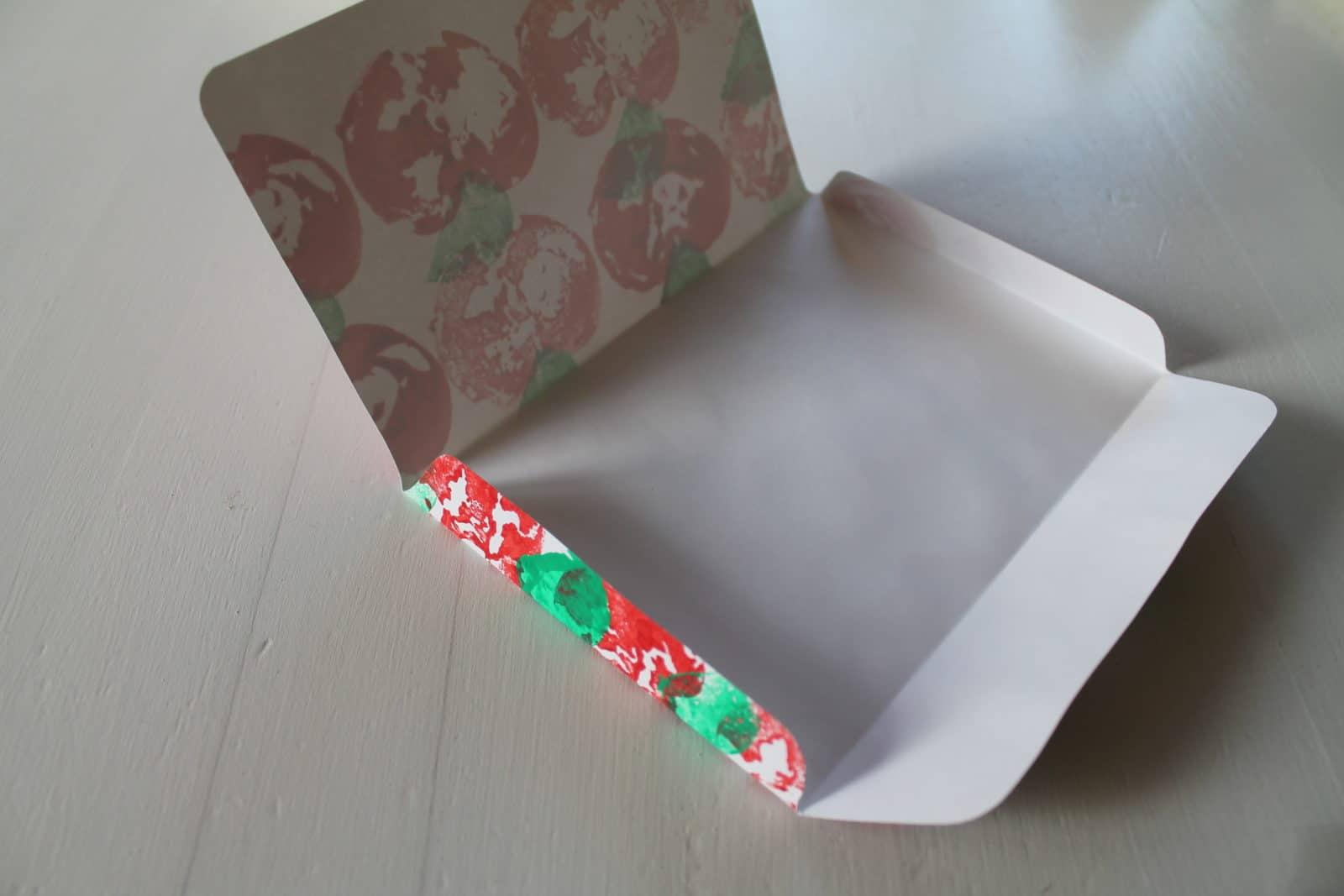 Briefumschläge Falten : Briefumschläge mit apfeldruck handmade kultur