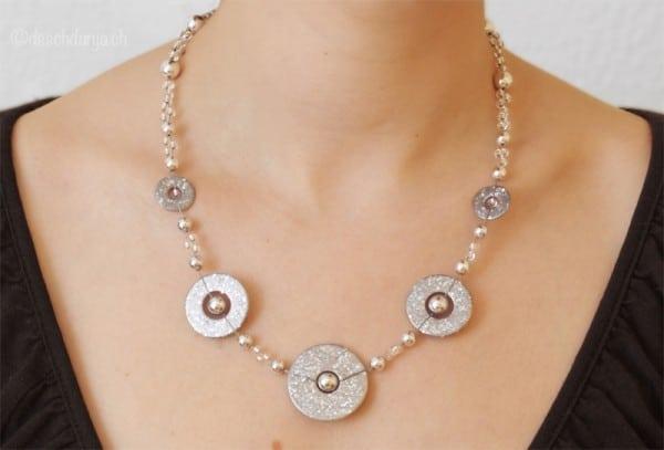 Halskette mit Unterlagscheiben