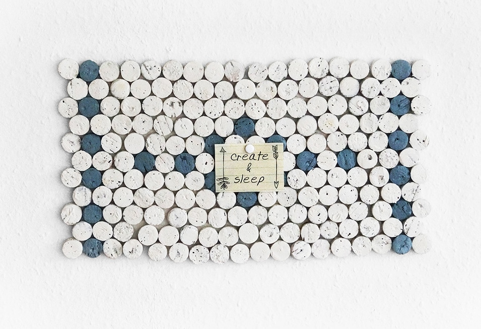 korken mosaik handmade kultur. Black Bedroom Furniture Sets. Home Design Ideas