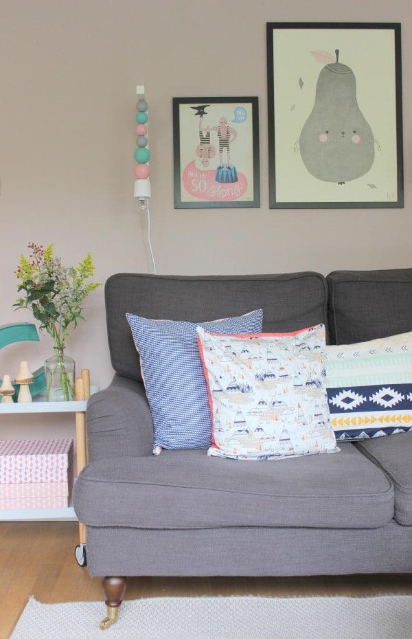 wandlampe mit holzkugeln handmade kultur. Black Bedroom Furniture Sets. Home Design Ideas
