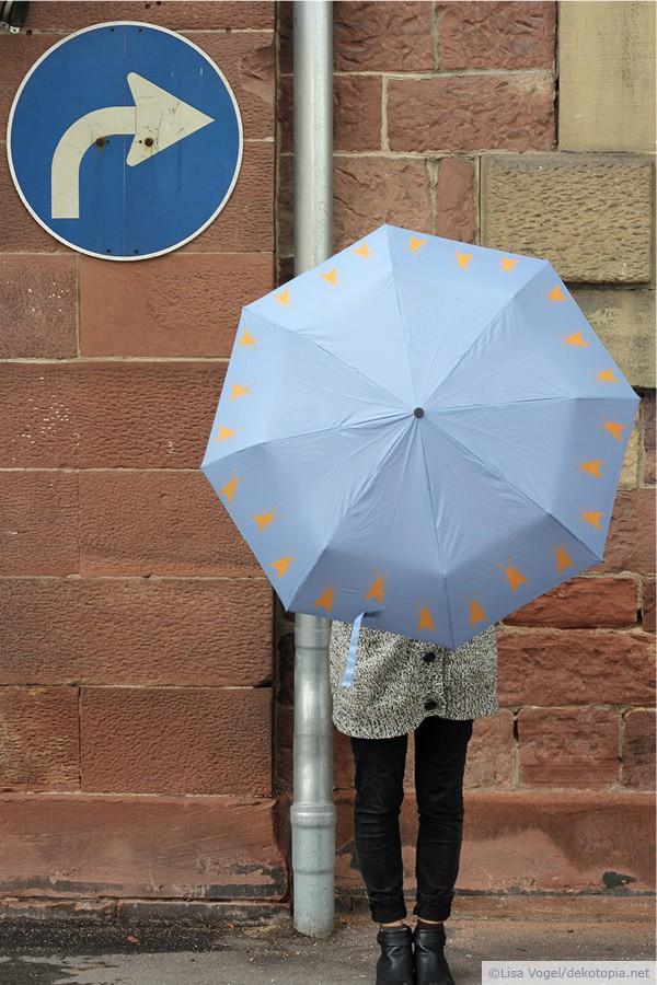 Mehr Farbe für Regentage: selbst bedruckter Regenschirm