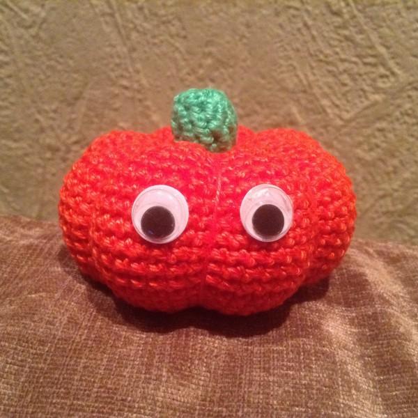 Halloween-Kürbis häkeln