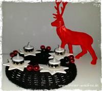 Gestrickter Weihnachtskranz