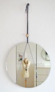 """DIY Wandspiegel á la """"hank mirror"""""""