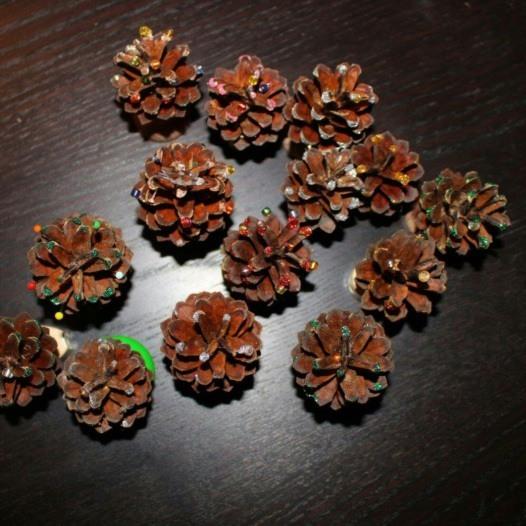 Tannenbäumchen aus Zapfen