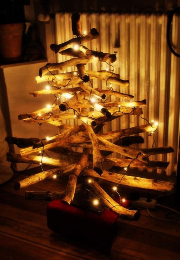 ein weihnachtsbaum aus sten handmade kultur. Black Bedroom Furniture Sets. Home Design Ideas