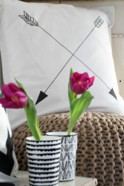 "DIY ""Arrow""-Kissen a la ferm living"