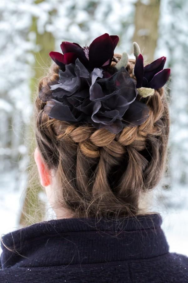 Eine blumige 8-Minuten-Frisur für den Winter