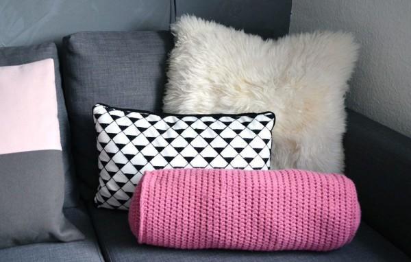 dekorative diy nackenrolle h keln handmade kultur. Black Bedroom Furniture Sets. Home Design Ideas