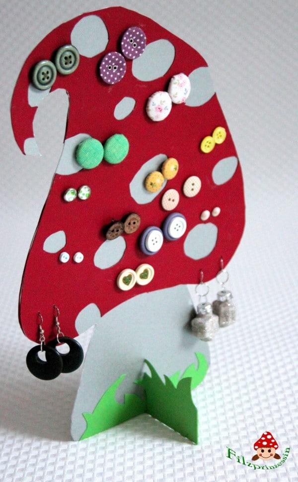 DIY Ohrringhalter aus Papier