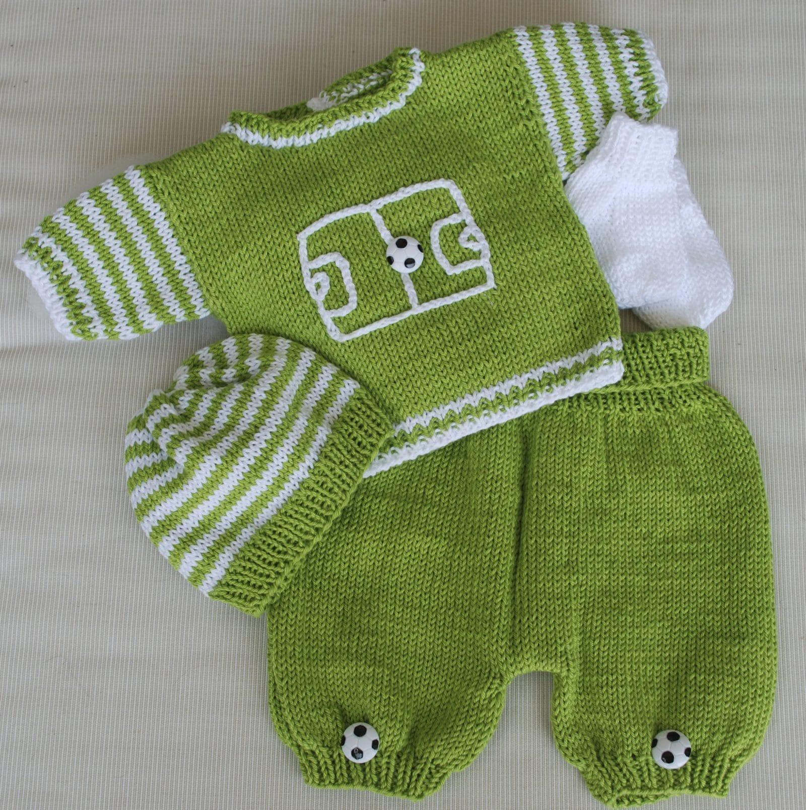 baby garnitur f r winzlinge fussball handmade kultur. Black Bedroom Furniture Sets. Home Design Ideas