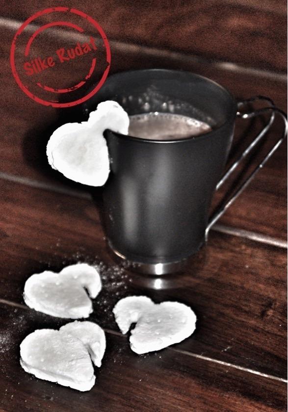 Trilogie der Heißgetränke...Heiße Schokolade und Marshmallows