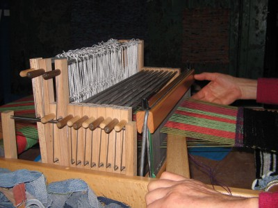 Schnupperweben und Stricklieseln im Rahmen der Europäischen Tage des Kunsthandwerks