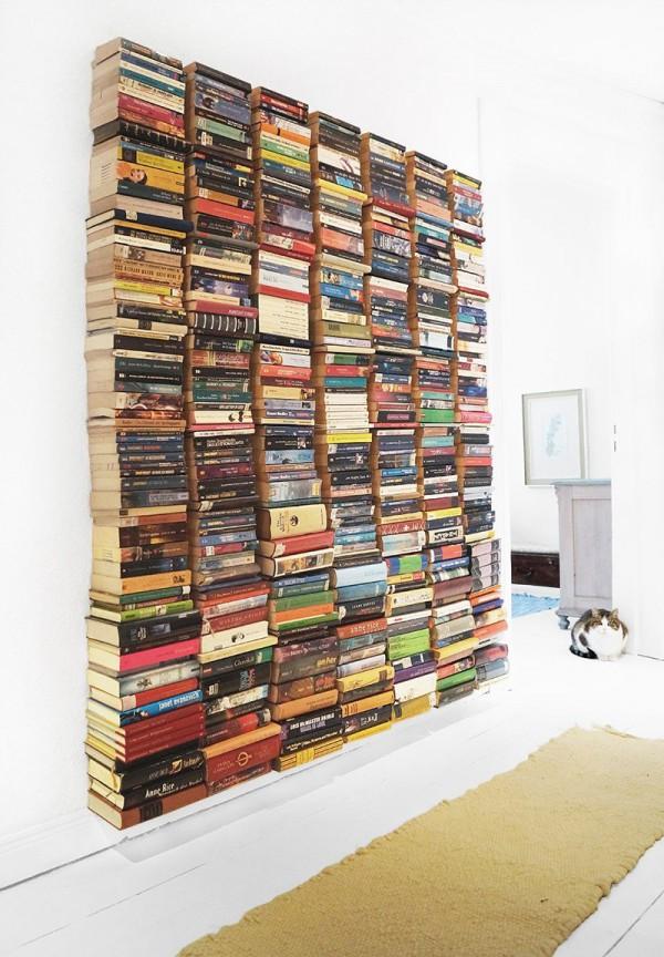 schwebende b cherwand handmade kultur. Black Bedroom Furniture Sets. Home Design Ideas