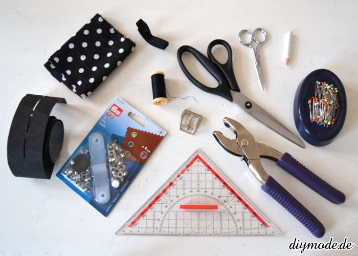 diy g rtel aus stoff selber machen n hen handmade kultur. Black Bedroom Furniture Sets. Home Design Ideas