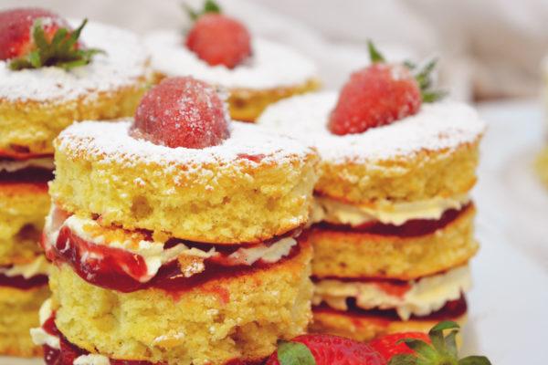 Beerenstark ... very berry ... Queen Victoria (small) tarts