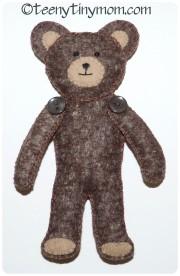 kleiner Teddy ganz groß im eigenen Haus