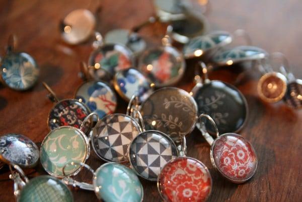Individuelle ohrringe selbst gestalten handmade kultur for Cabochon selber machen
