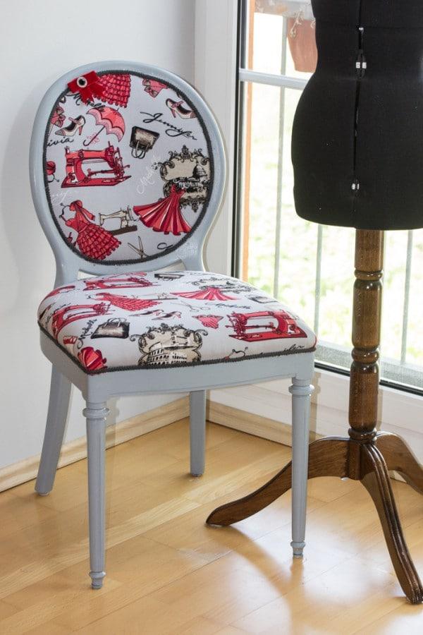 alter stuhl in neuem kleid handmade kultur. Black Bedroom Furniture Sets. Home Design Ideas