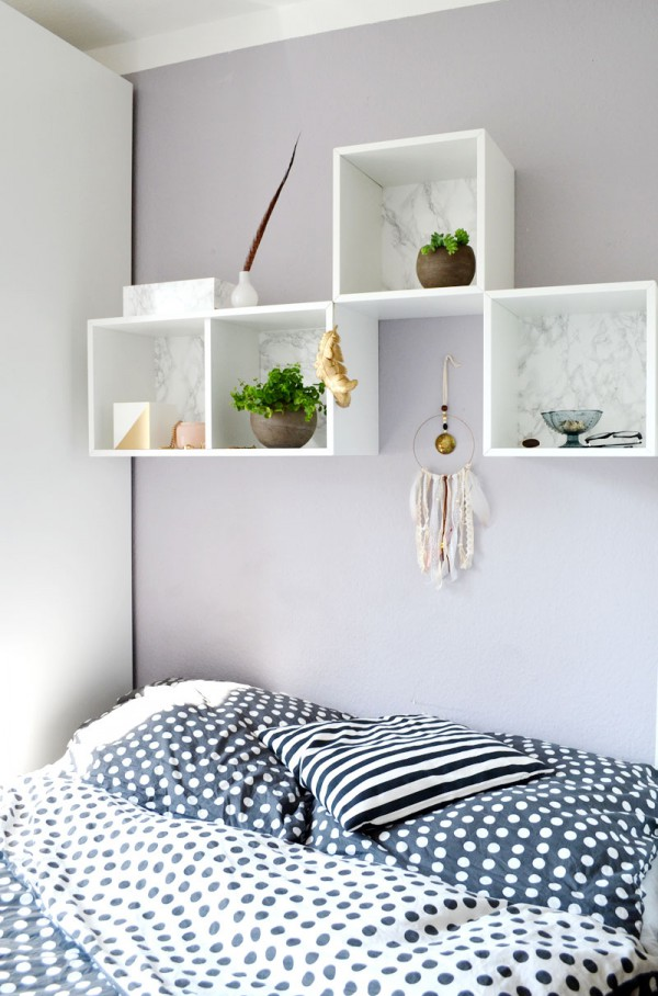 edle diy wandregale im marmorlook handmade kultur. Black Bedroom Furniture Sets. Home Design Ideas