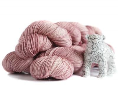 Handgefärbte Wolle aus Berlin - Hosenmatz 4Ply