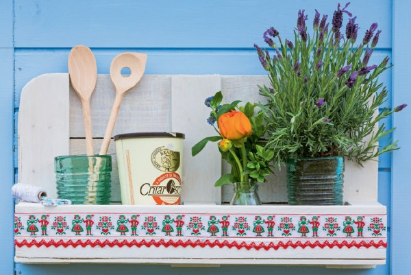 Küchenregal aus Paletten