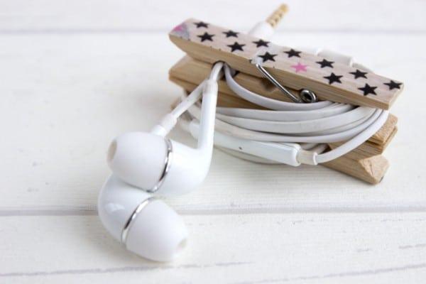 Kopfhörer-Klammer gegen Kabelsalat in der Handtasche