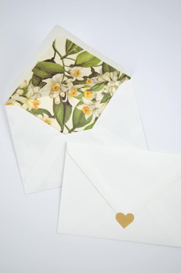 Love is in the air: DIY Hochzeitsumschlag