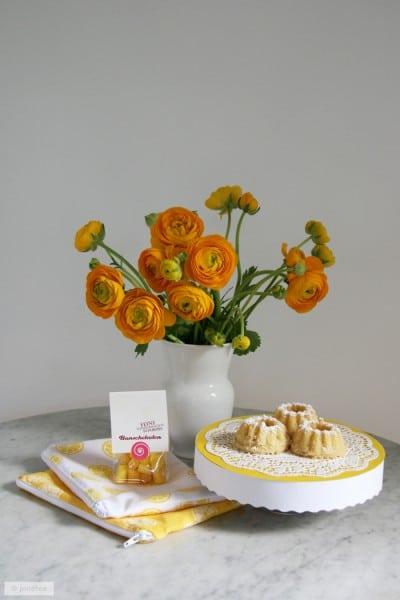 diy tortenteller aus pappe zitronen k chlein und muttertag geschenk handmade kultur. Black Bedroom Furniture Sets. Home Design Ideas