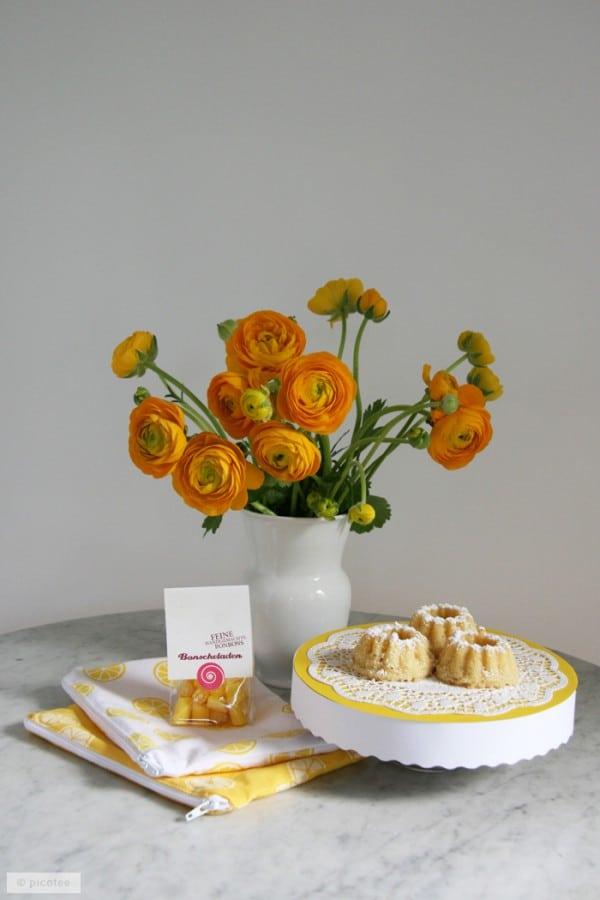DIY-Tortenteller aus Pappe, Zitronen-Küchlein und Muttertag-Geschenk