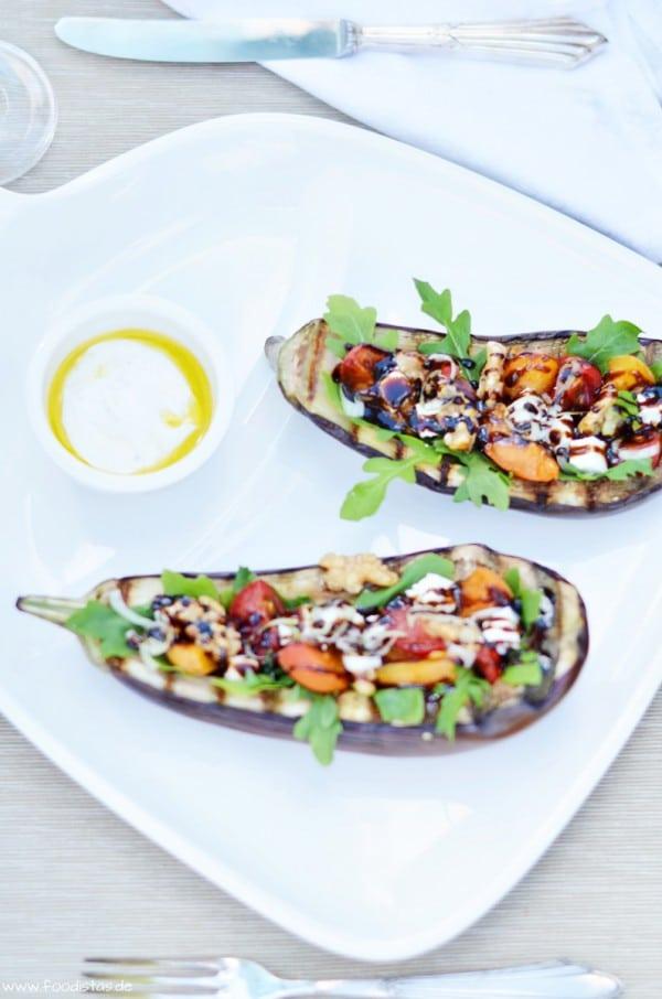 Gegrillte & gefüllte Aubergine von den [Foodistas]