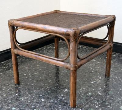 diy frisch lackierter bambus tisch handmade kultur. Black Bedroom Furniture Sets. Home Design Ideas