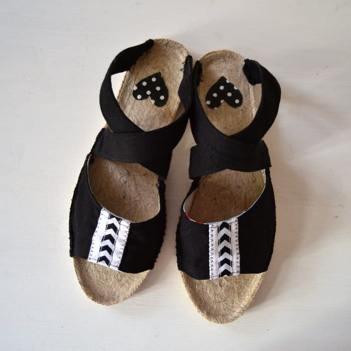 diy sandalen selbst machen mit espandrilles sohlen video anleitung handmade kultur. Black Bedroom Furniture Sets. Home Design Ideas
