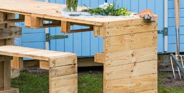 Gartentisch aus Paletten