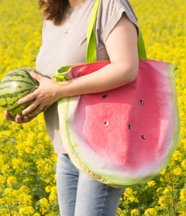 shopper-in-melonenoptik-600x697