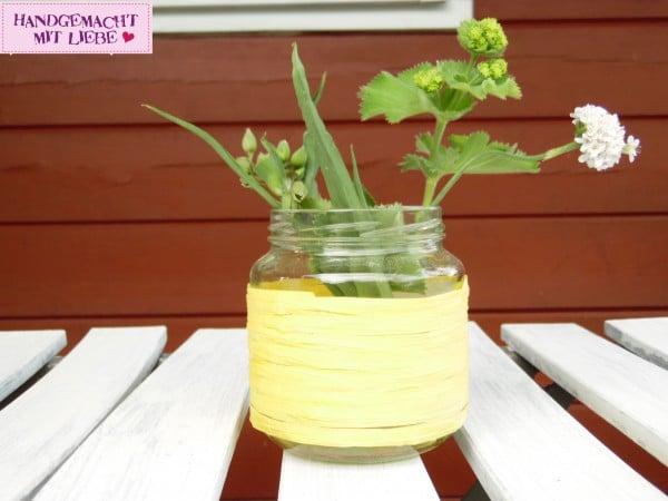 Glas Upcycling zur Blumenvase