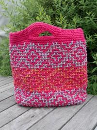 Tasche im Mosaikmuster stricken