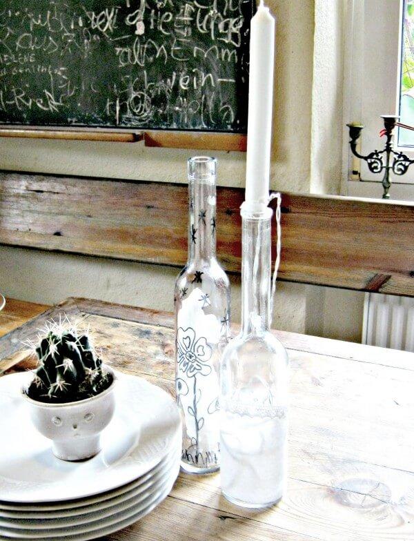 sch ne alte flaschen werden herrliche lampen handmade kultur. Black Bedroom Furniture Sets. Home Design Ideas
