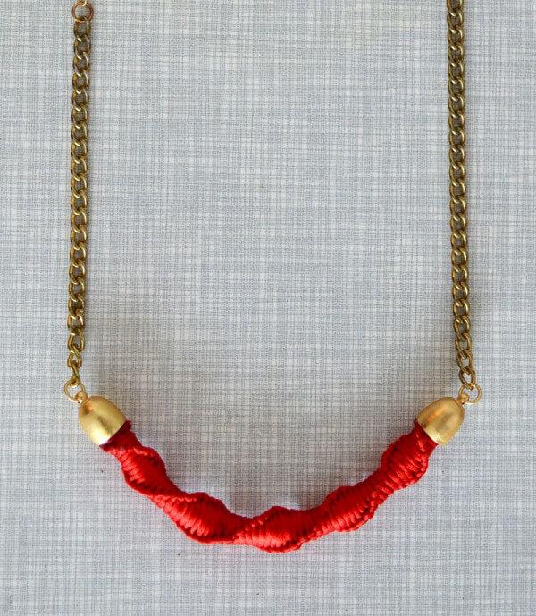 DIY | Makramee Halskette in knallrot