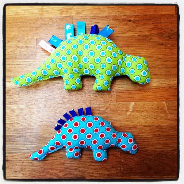 Anleitung: kleines Dino fürs Baby! - HANDMADE Kultur