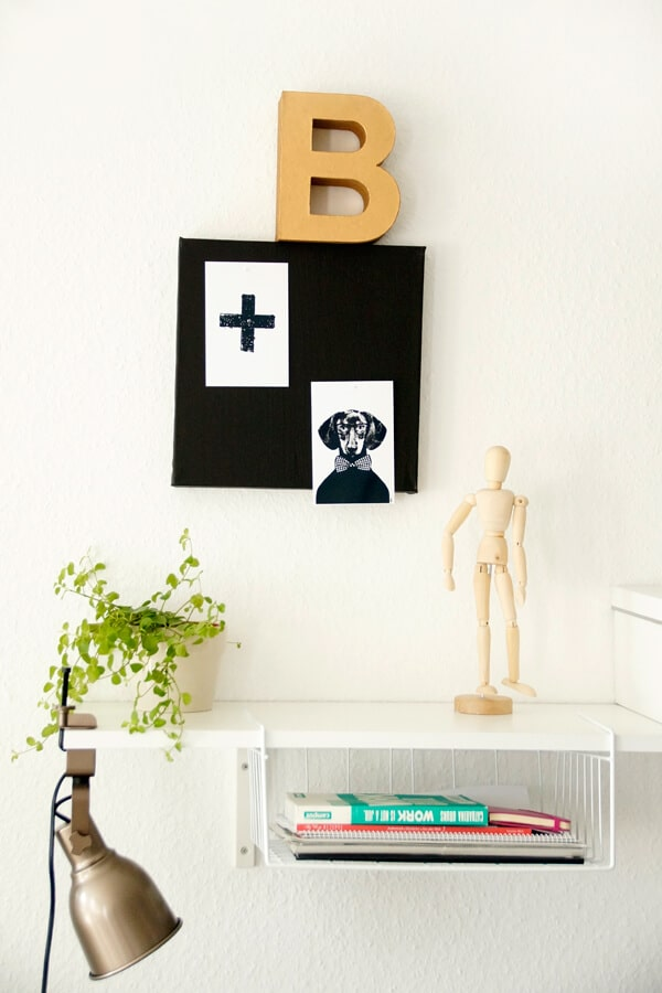 leinwand als trendige pinnwand in schwarz handmade kultur. Black Bedroom Furniture Sets. Home Design Ideas
