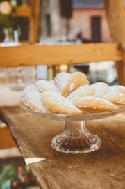 Gefüllte Apricot Madeleines von den [Foodistas]