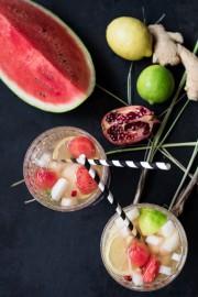 Melonenbowle mit Ingwer, Zitronengras und Granatapfelkernen