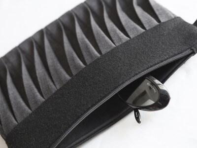 Origami Clutch mit Faltendesign, grau und schwarz