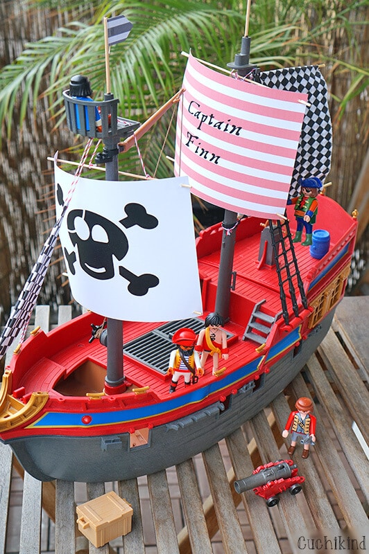 Playmobil-Piratenschiff Upcycling