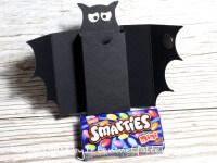 Smarties - Verpackung als Fledermaus (für Halloween)