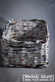 Zeitungsständer / Korb aus Papier – Upcycling