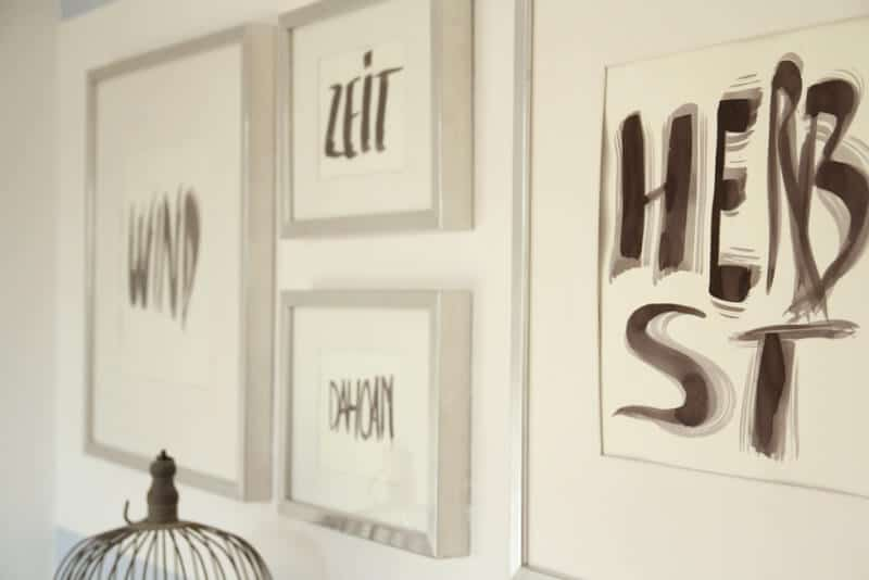 diy herbstdeko f r die wand typografie mit pinsel und tusche handmade kultur. Black Bedroom Furniture Sets. Home Design Ideas
