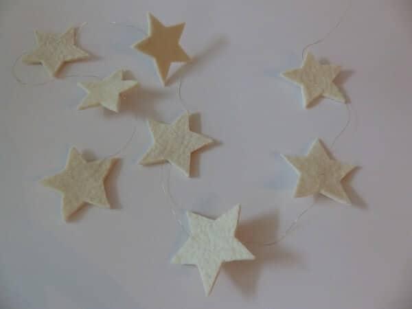 Sternengirlande aus Filzresten