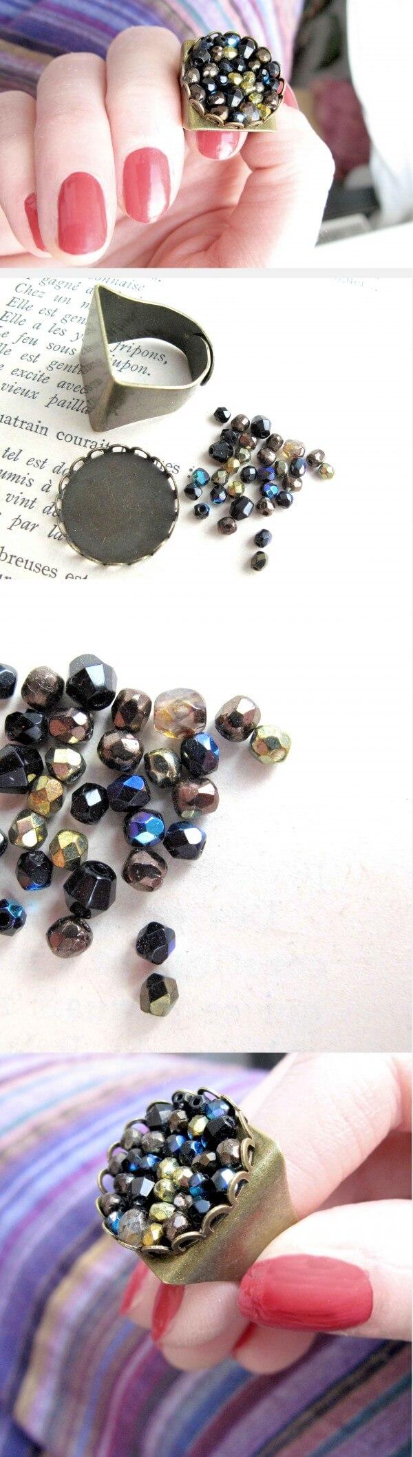 Ring mit Cabochon-Fassung & Glasperlen